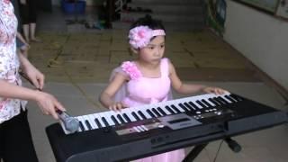 C3 Ngọc Minh organ - độc tấu  - Bế giảng trường mầm non Hoa Trạng Nguyên 2013-2014