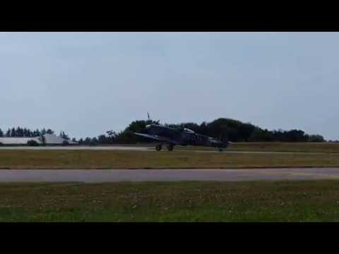 Stauning Airshow 2015: Spitfire MK. XVI taxi and takeoff...
