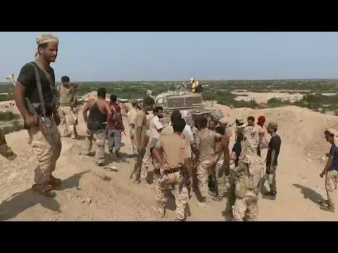 هدنة مؤقتة بين الحكومة اليمنية والمجلس الانتقالي الجنوبي تمتد 3 أيام بدءا من عيد الفطر  - نشر قبل 5 ساعة
