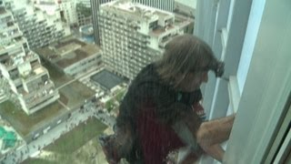 Le Spiderman français escalade le plus haut gratte-ciel français
