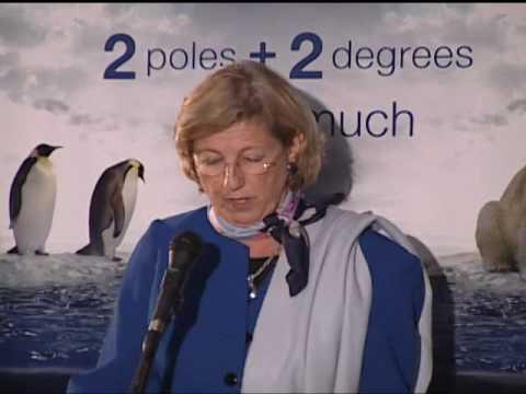 Julia Marton LeFevre at the Baltimore Aquarium