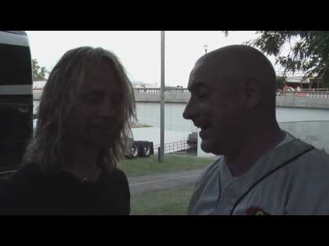Mojo Interviews Stevie from Drowning Pool Backstage at Common Ground