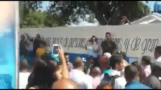 Video Así abuchearon a Francisco Rangel Gómez, Gobernador de Bolívar download MP3, 3GP, MP4, WEBM, AVI, FLV Agustus 2018