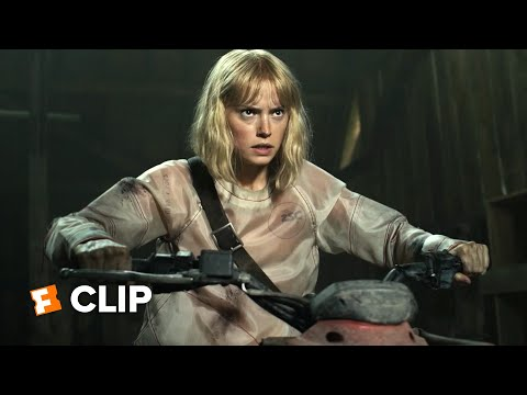 Chaos Walking Exclusive Movie Clip - Viola Escapes (2021) | Movieclips Trailers