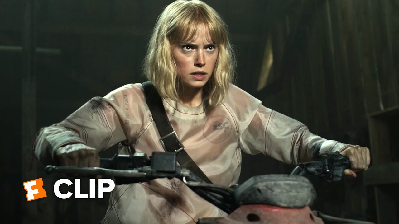 Chaos Walking Exclusive Movie Clip - Viola Escapes (2021) | Movieclips Trailers