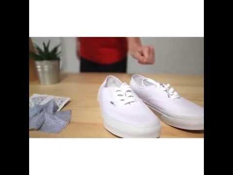 Jason Markk Shoe Cleaner: Canvas - YouTube