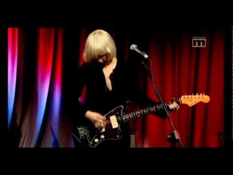 The Raveonettes - Aly, Walk With Me - Live City Centre