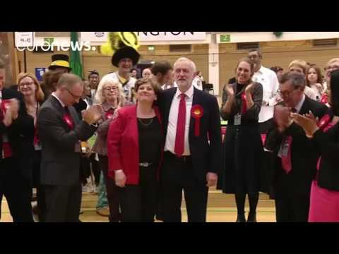 Jubilant Jeremy's big boob as high five goes embarrassingly wrong