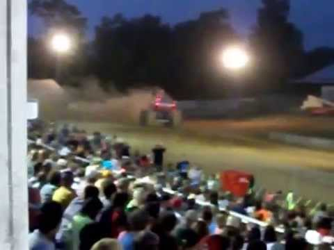Red Solo Truck Freestyle Berkeley County 2014