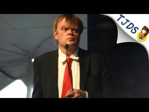 Garrison Keillor Pushes Back Against Sex Charges