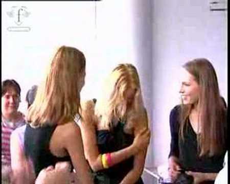 fashiontv | FTV.com - MODELS KAROLINA KURKOVA - FIRST FACE PARIS FASHION WEEK FEM