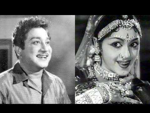 Sivaji Ganesan & Padmini - Jalilo Jimkana - Amara Deepam - Tamil Classic Song