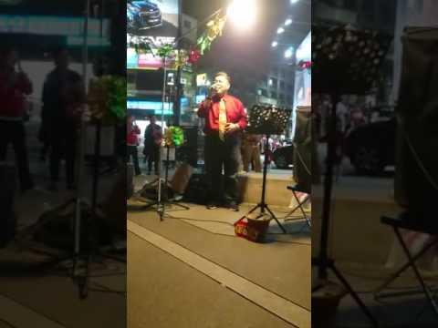 平安夜街頭演唱會-朱雲龍老師106/12/24