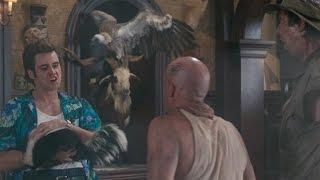 Те самые беззащитные животные — Эйс Вентура 2: Когда зовет природа (1995) сцена 10/10 HD