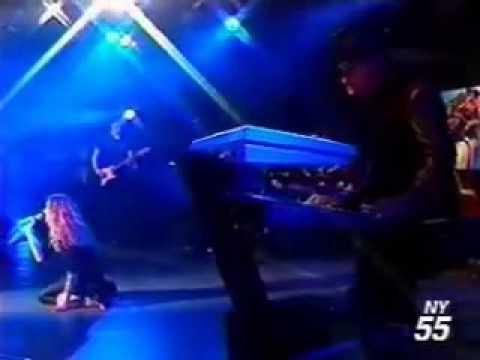 Madonna - Ray of Light Live on Oprah (Amazing Vocals)