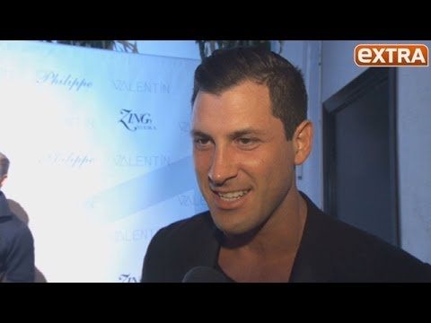 Extra interview meryl and maks dating
