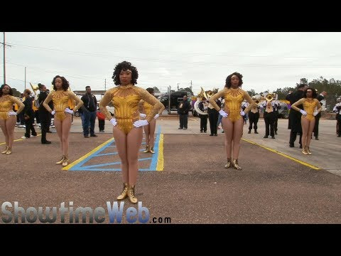 Kentwood vs Bogalusa vs St Helena High School - 2018 Mardi Gras Parade