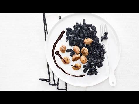 ofenfisch auf kartoffeln fischrezept von betty bossi doovi. Black Bedroom Furniture Sets. Home Design Ideas