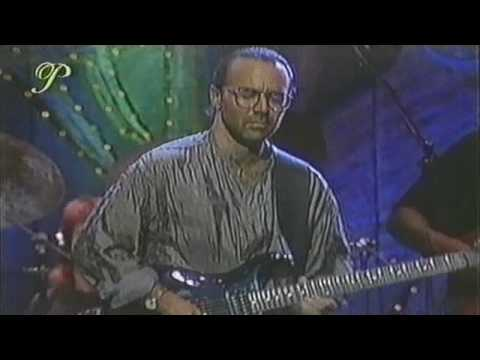Al Di Meola - Song To The Pharaoh Kings (Live) Part 1 of 2 Montreal 1988