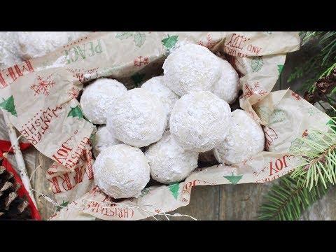 Buttery Pecan Snowball Cookies | Christmas Cookies Recipe