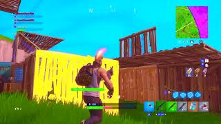 MY FIRST SOLO SQUADS WIN ON FORTNITE! :D