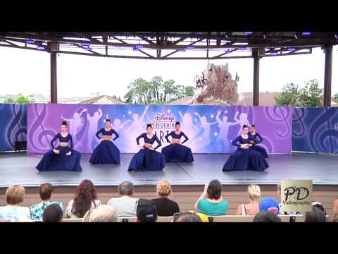 Downtown Disney Performing Art Stage Video