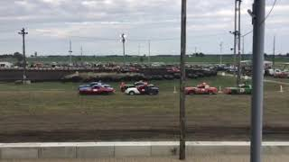 Figure 8 racing in Osage @ 7pm 6/14/19 Cruiser Heat 2