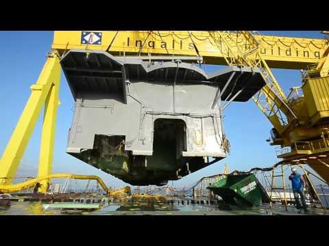 Ingalls Shipbuilding Lifts 700-Ton Deckhouse On Tripoli (LHA 7) LHA 7 deckhouse v2
