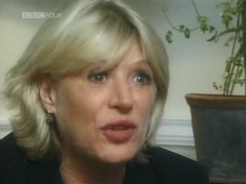 Close Up - Marianne Faithfull 1/5