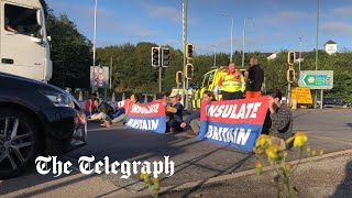 video: Who are the M25 protesters blocking the motorway?