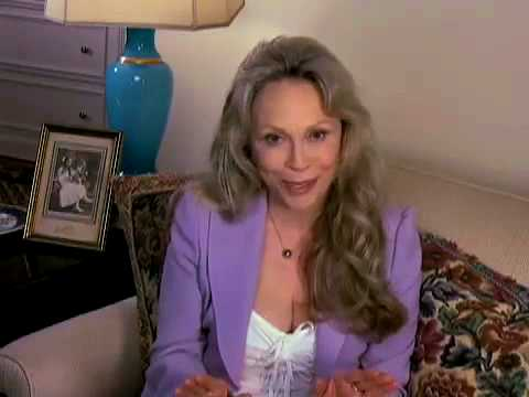 Download Faye Dunaway Tribute to Colleen Callaghan