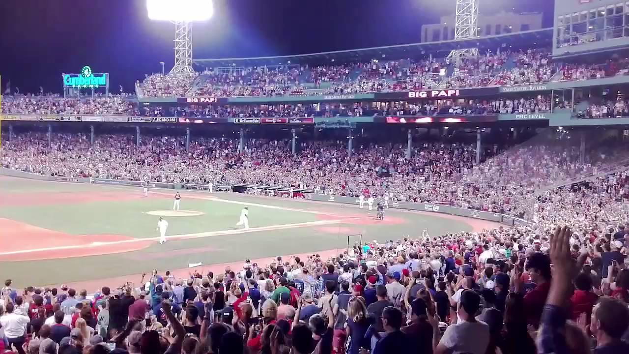 Big Papi Home Run - July 21, 2016 - Fenway Park - Boston