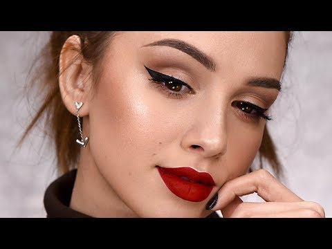 Wearable Holiday Makeup Tutorial