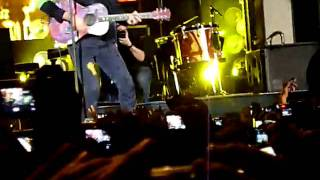 COLDPLAY IN COLOMBIA - YELLOW