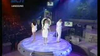 DI3VA - Adilkah Ini (Live)