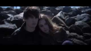 One of Piera Forde's most viewed videos: Maximum Ride: Max & Fang Kiss (MAX)