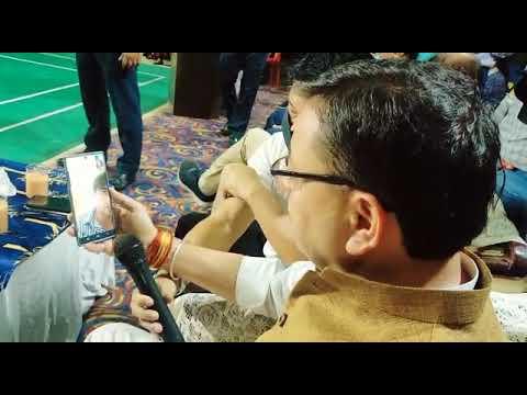 CM पुष्कर सिंह धामी ने ओलंपिक में गोल्ड मेडल जीतने वाले नीरज चोपड़ा से,वीडियो कॉल करके की बात।