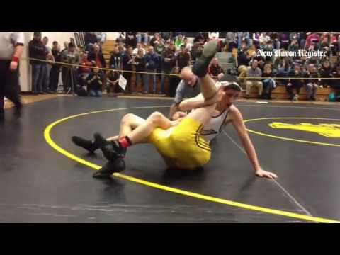 Video: Patrick Moynihan of Xavier wins SCC title at 113. #ctwr #gametimect