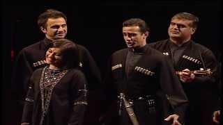 Ensemble Rustavi - Qalav Gikhdeba Qamari