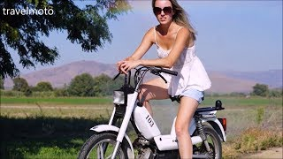 Girl Moped lessons - Peugeot Vogue 103