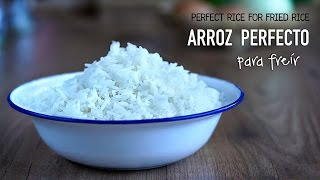 [SUB] Como preparar Arroz perfecto para hacer arroz frito l How to cook perfect cooked rice for fried rice. ▶︎ Hola a todos, en el vídeo no he lavado el arroz, ...
