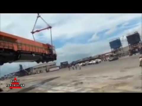 Accident on Passenger Carriage (locomotive train) unloading process
