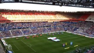 Clap et entré des joueurs  Lyon-strasbourg