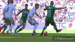 Cristiano Ronaldo vs Gareth Bale - skills and Goals 2017