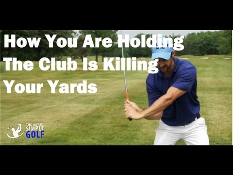Swinging the clubhead in golf