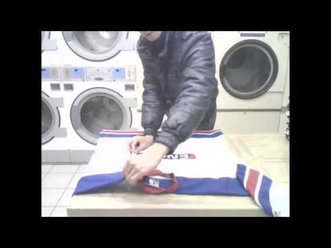 Fold shirts in 5 secs the japanese way funny for Japanese way to fold shirts