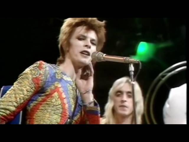David Bowie alcanzó uno de sus grandes éxitos con Starman en 1972