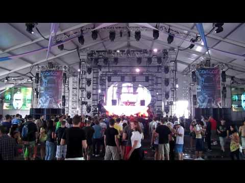 [HD] Umek @ Ultra Music Festival (Carl Cox & Friends Arena) WMC2010, Miami, FL 03/26/2010 1