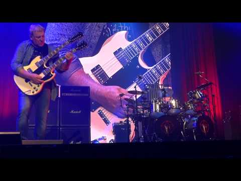 RUSH - Xanadu - R40 Live from Maverik Center, Salt Lake City, UT, July 13, 2015.