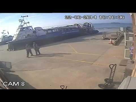 'Drunk driving' Hovercraft Pilot attempts landing